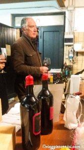 Il Sig. Paolo Capinera che racconta i segreti dei suoi vini...